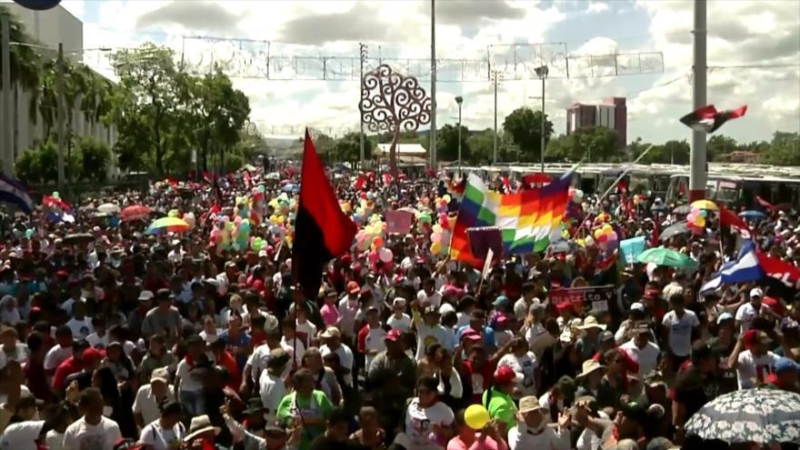 Sandinistas marchan en Nicaragua en apoyo a Evo Morales y Ortega