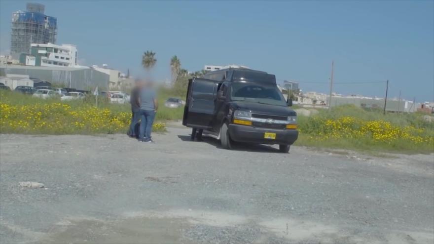 Una camioneta espía, propiedad de un exoficial de inteligencia israelí, que fue detenida en Chipre.