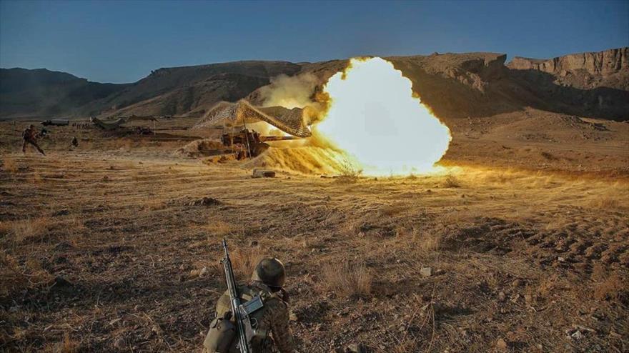 Unidades de artillería móvil del Ejército iraní en una maniobra militar en el noroeste del país, 10 de octubre de 2019.