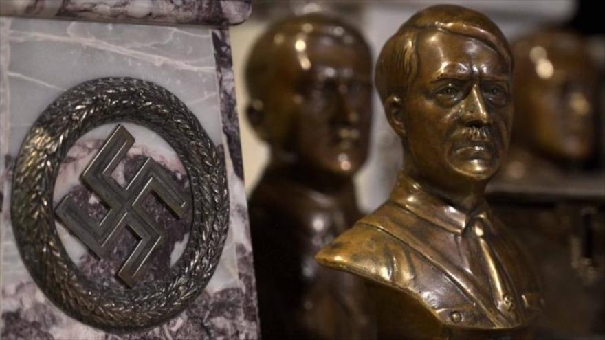 Un busto del dictador nazi Adolf Hitler.