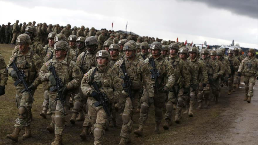 Soldados estadounidenses participan en unas maniobras de la OTAN cerca de Orzysz (Polonia), 13 de abril de 2017. (Foto: Reuters)