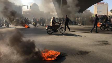 El eje del terrorismo económico apoya disturbios en Irán