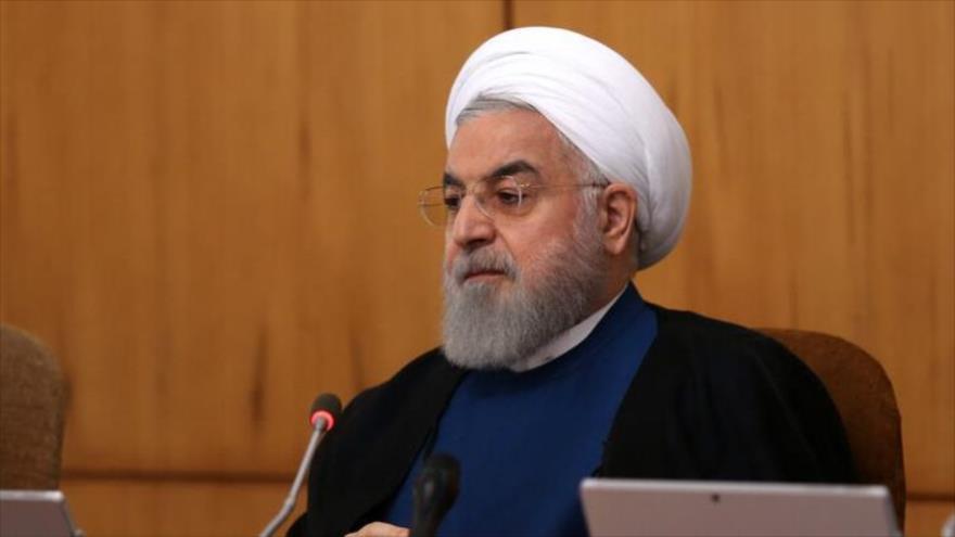 El presidente iraní, Hasan Rohani, en una sesión del Gabinete, Teherán (capital).
