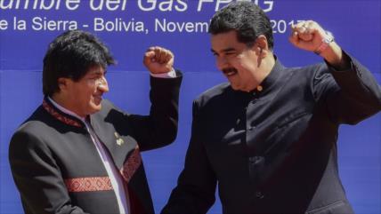 Maduro: Bolivia derrocará dictadura y Morales volverá victorioso