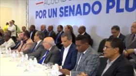 Critican alianzas políticas que realiza la oposición dominicana