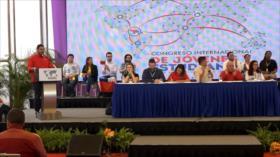 Jóvenes de 28 países se solidarizan con Maduro en Venezuela