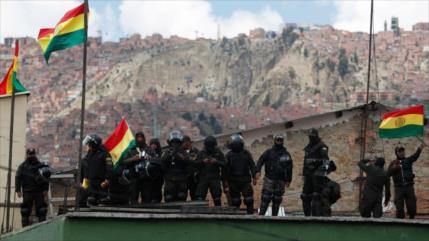 'Cúpula golpista en Bolivia fue entrenada por EEUU'
