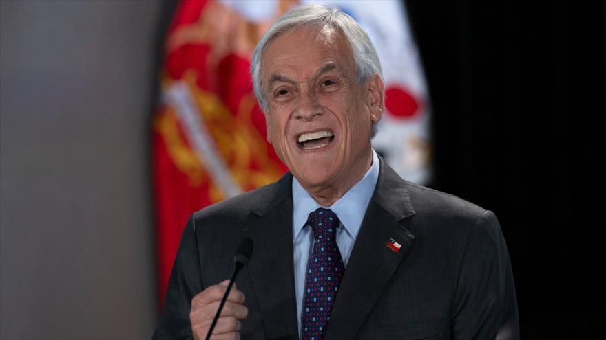 El presidente chileno, Sebastián Piñera, se dirige a la nación en Santiago, la capital, 17 de noviembre de 2019. (Foto: AFP)