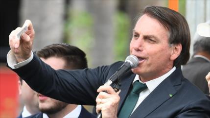 Bolsonaro lanza su propio partido; anticomunista y pro armas