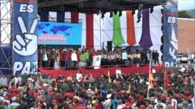 Universitarios venezolanos marchan en respaldo a Nicolás Maduro