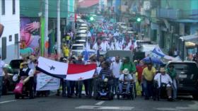 Miles de panameños marchan contra reformas constitucionales