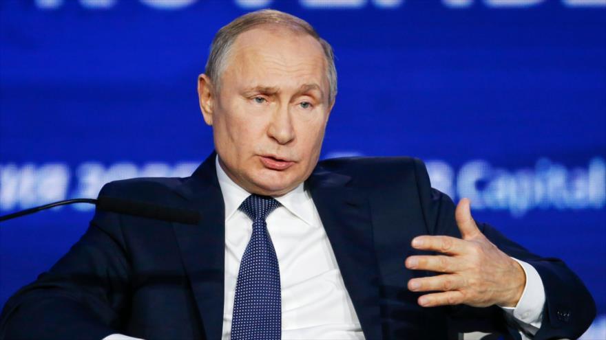 Putin tacha de 'preocupante' actividad misilística de OTAN