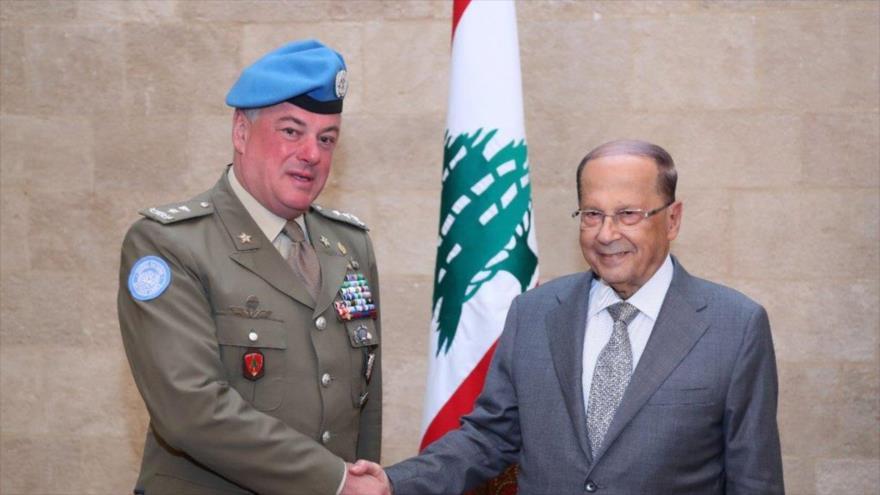 El presidente libanés, Michel Aoun, recibe al jefe de la Fuerza Provisional de las Naciones Unidas para El Líbano (FPNUL), general mayor Stefano del Col.