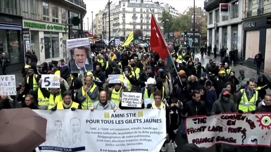 Chalecos amarillos franceses protestan por 54.ª semana consecutiva
