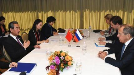 China y Rusia se coordinan para neutralizar unilateralismo de EEUU
