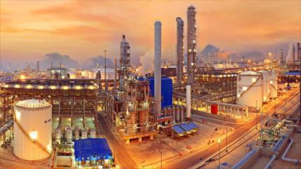 Irán neutraliza ataques contra sus instalaciones petroleras