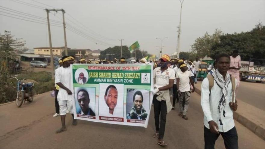 Musulmanes nigerianos se manifiestan en Zaria para pedir la liberación del líder islámico Ibrahim al-Zakzaky, 14 de noviembre de 2019. (Foto: IMN)
