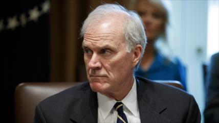 Secretario de Marina de EEUU es despedido por desafiar a Trump