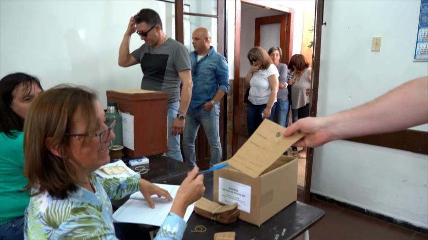 Continúa el conteo de votos en Uruguay con ajustado final