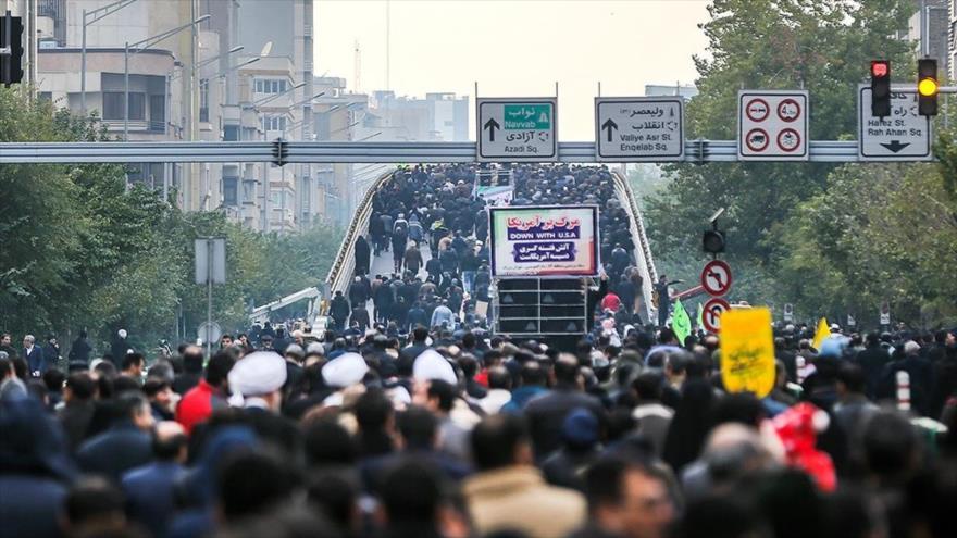 Iraníes se manifiestan de nuevo contra los recientes disturbios