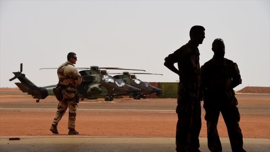 Militares franceses perteneciente a la Operación Barkhane aparecen en Gao, en el norte de Malí, 19 de mayo de 2017. (Foto: AFP)