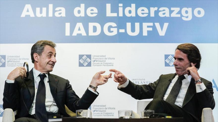 Los expresidentes de España y Francia, José María Aznar y Nicolás Sarkozy, respectivamente, en un acto celebrado en Madrid, 26 de noviembre de 2019.
