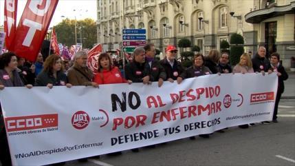 """Sindicatos españoles protestan contra el """"despido por enfermar"""""""