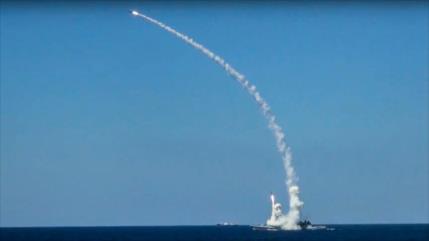 Rusia lanza misiles de largo alcance contra terroristas en Idlib