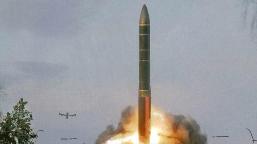 Una prueba por parte de Rusia del misil intercontinental Topol-M.