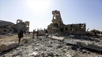 Ataques saudíes matan a 5 miembros de una misma familia en Yemen