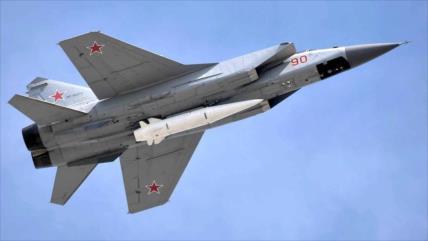 Rusia prueba por 1.ª vez su misil hipersónico Kinzhal en el Ártico