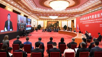 Putin y Xi inauguran 'histórico' gasoducto que une Rusia y China
