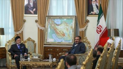 """Irán pide formar coalición regional """"libre de injerencia foránea"""""""