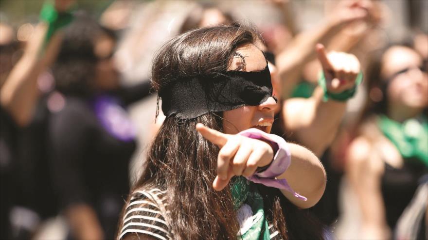 Vídeo: Mujeres chilenas reivindican sus derechos