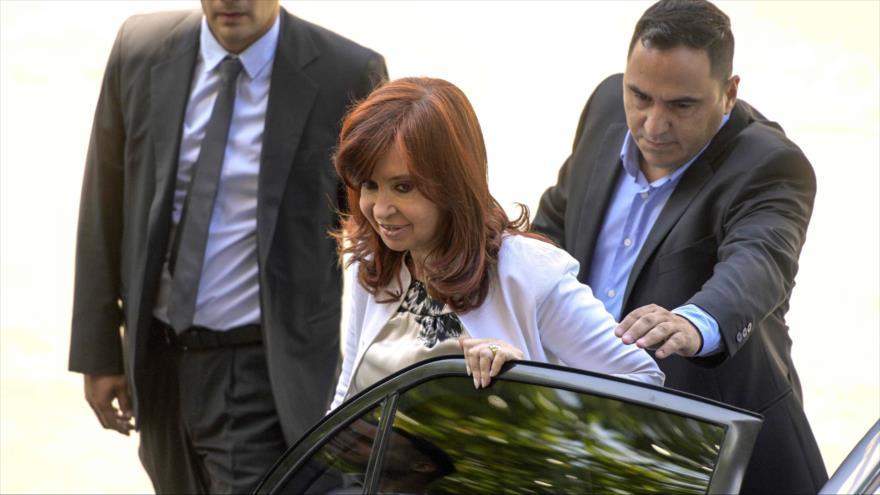 Fernández denuncia guerra jurídica desde el Gobierno de Macri