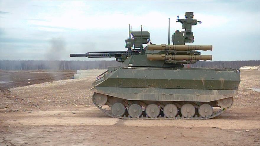 Vídeo: Rusia prueba tanque robot en campo de batalla sirio | HISPANTV
