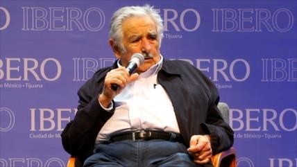 Pepe Mujica llama a la unidad latinoamericana desde México