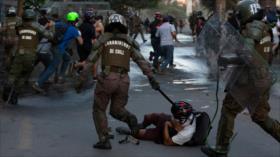 Piñera asegura que la represión es parte de la democracia en Chile