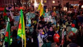Vídeo: Británicos protestan contra la OTAN y la visita de Trump