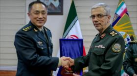 Irán y China trazan un plan estratégico de cooperación de 25 años