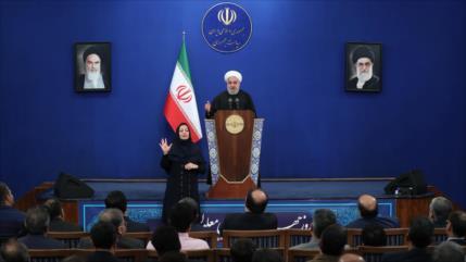 Rohani: EEUU fracasó en poner de rodillas a la nación iraní