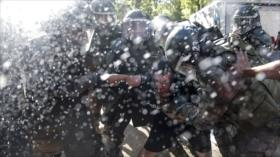 Santiago vive otra jornada de represión policial