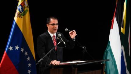 """Caracas refuta """"chistosa"""" acusación de EEUU de ser """"narcorégimen"""""""