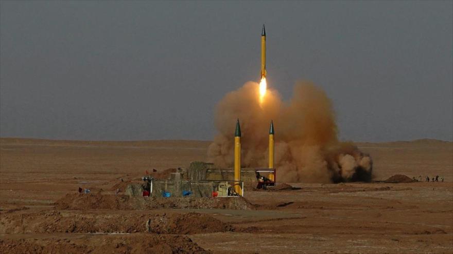 Misiles balísticos de medio alcance Shahab-3, lanzados durante una maniobra de las fuerzas persas en el centro de Irán.