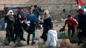 Fuerzas israelíes reprimen protestas de palestinos en Gaza
