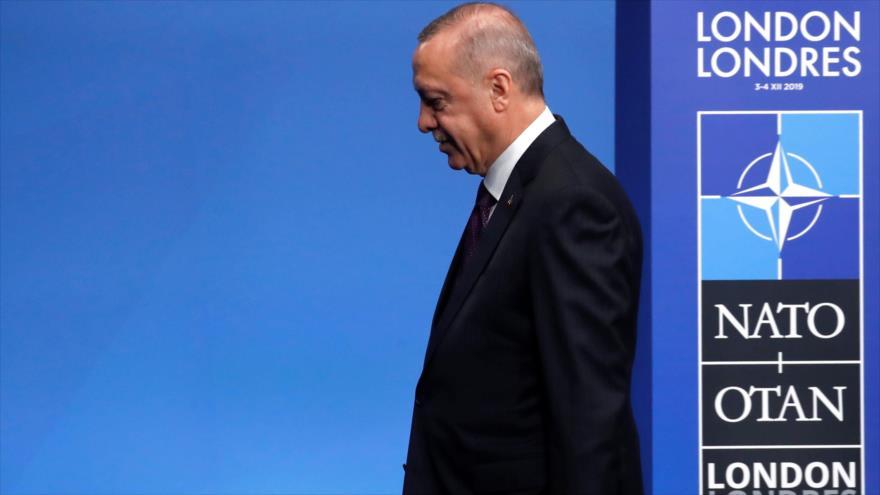 El mandatario turco, Recep Tayyip Erdogan, durante su participación en la cumbre de la OTAN, en Londres, 4 de diciembre de 2019. (Foto: AFP)