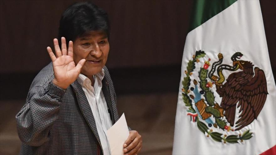 El presidente depuesto de Bolivia Evo Morales llega al centro cultural de Ollin Yoliztli, Ciudad de México, 26 de noviembre de 2019. (Foto: AFP)