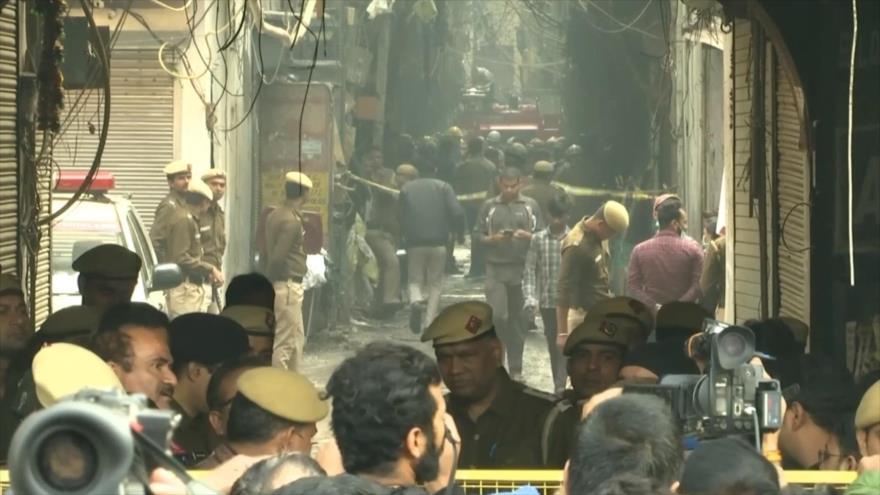 Incendio en La India deja al menos 43 muertos