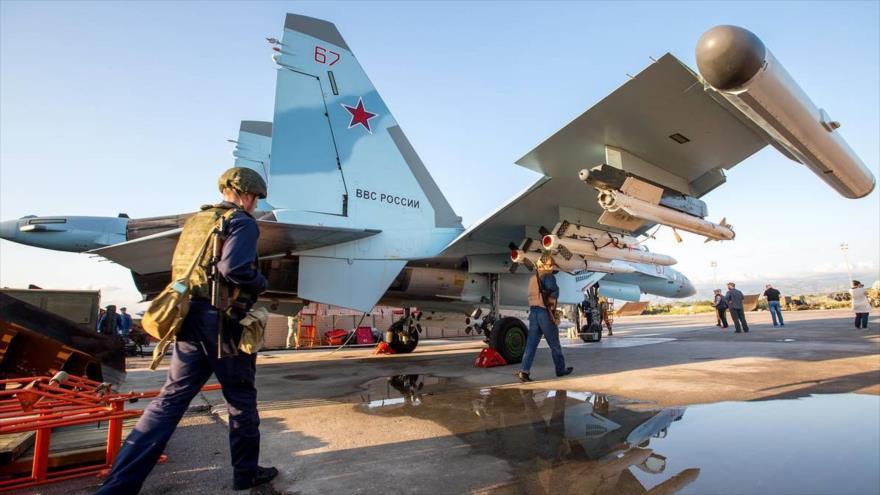 Avión de combate de Rusia Sujoi Su-35, desplegado en la provincia de Latakia, 21 de abril de 2018. (Foto: Tass)