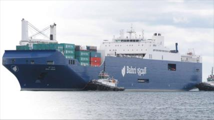 Españoles rechazan el atraque de un barco saudí cargado de armas